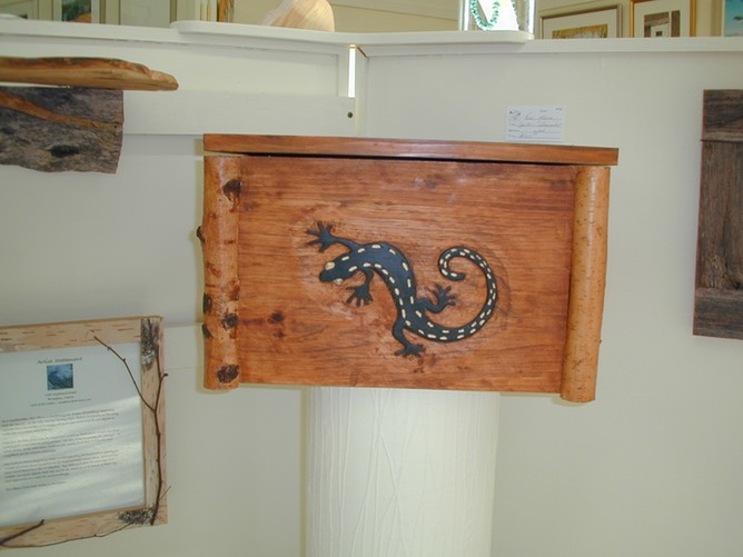 carved lizard box 2